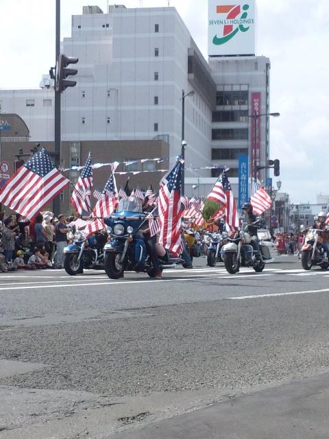 アメリカンパレード